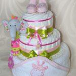 Детский торт из памперсов - оригинальное решение для подарка!